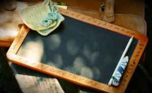 kleine Tafel mit Stift