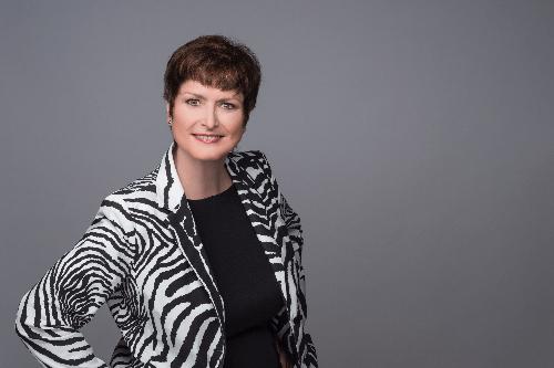 Sabine Schuhmann- Haudeck Die Expertin für PE / OE im Gesundheitswesen